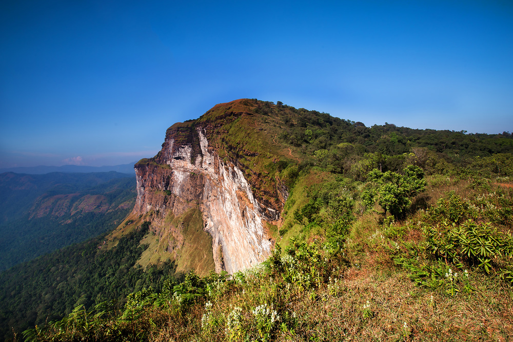 Ghatikallu Mountain.jpg