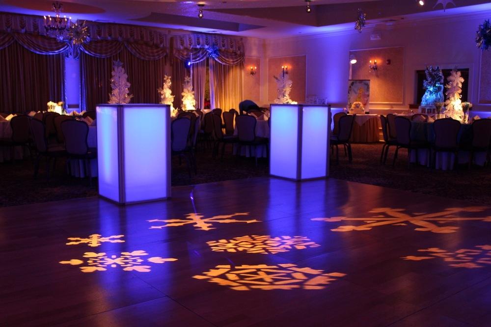Eggsotic Events Wedding Floral Decor and Lighting 7.jpg