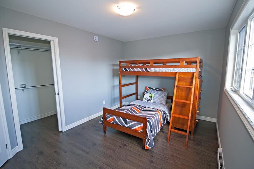 41Kenai-Bedroom2.jpg
