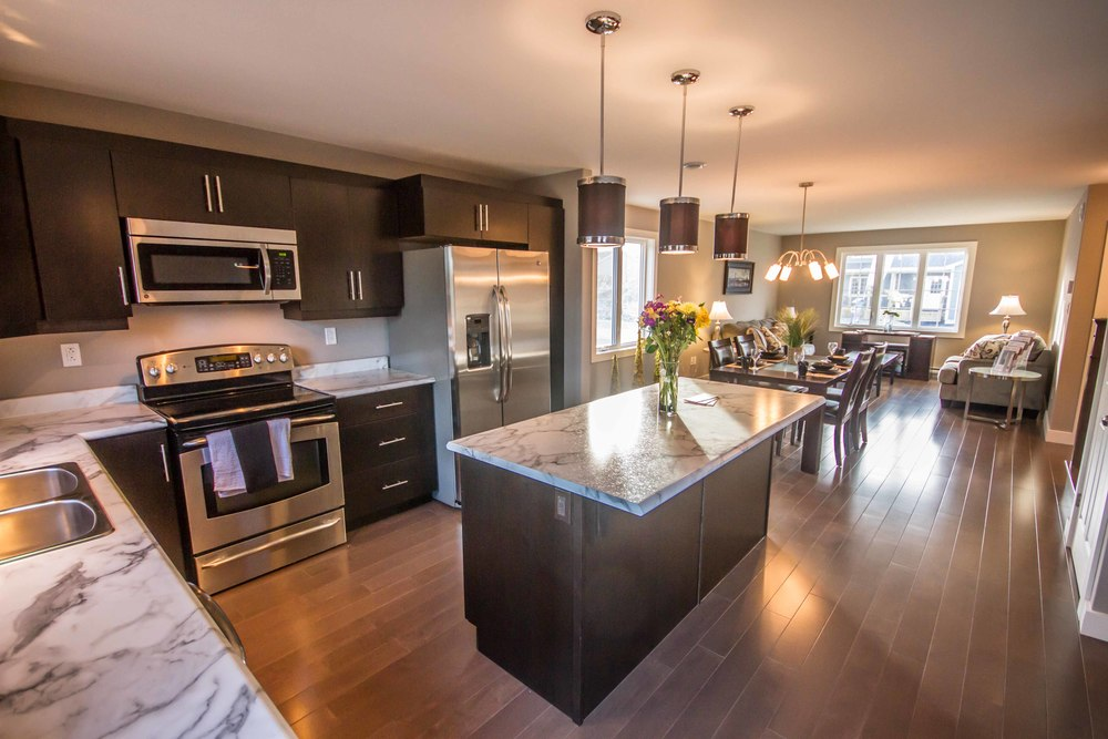 72 Kenai Crescent - Everything.jpg
