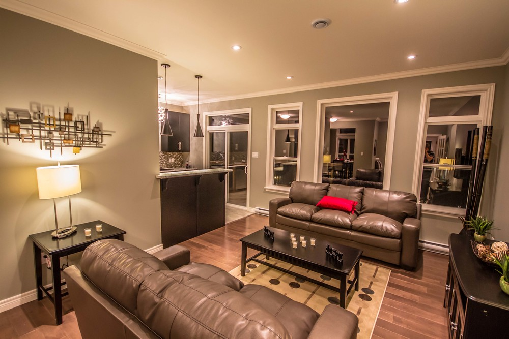 1 Megan Ridge - Family Room3.jpg