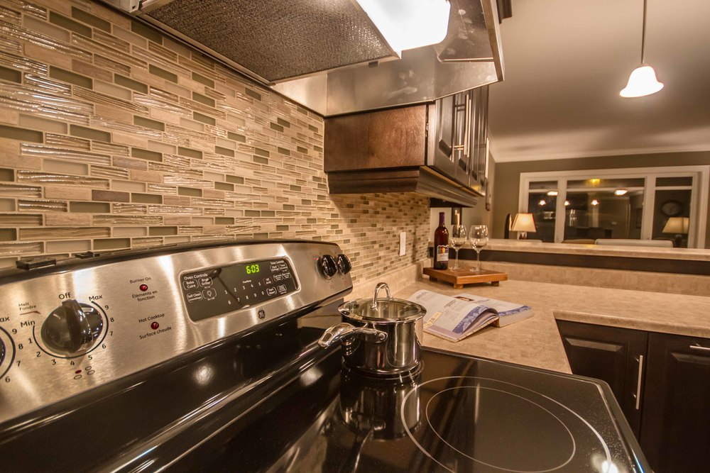 Kestrel Suites - KitchenBacksplash.jpg