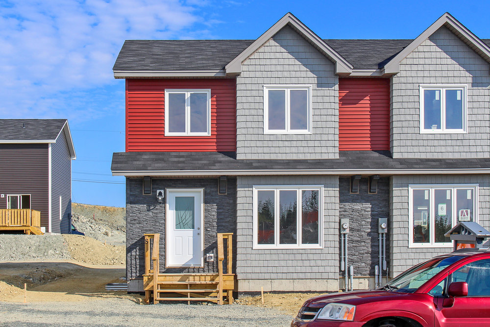 The TICKLE • 3 BEDROOMS • 2.5 BATHROOMS • 2019 SQ FT