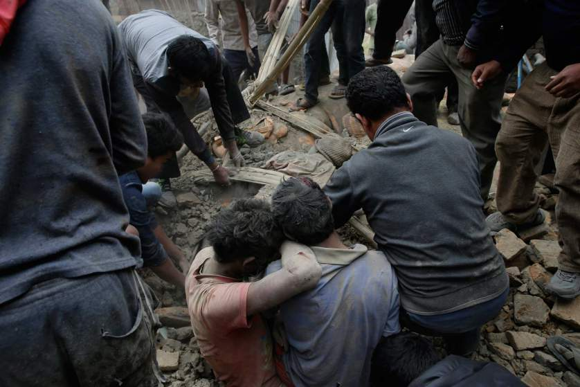 nepal-earthquake-rescue-02.jpg