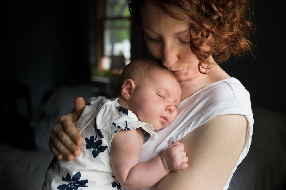 JuliaMatthewsPhotography_MadisonWisconsinFamilyPhotography_Newborn-1.jpg