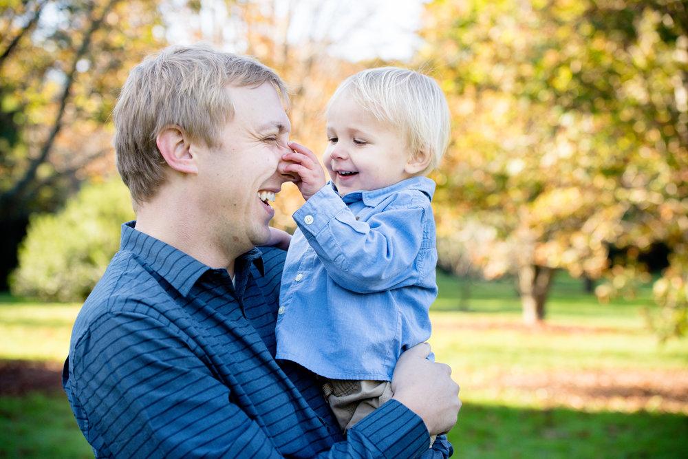 JuliaMatthewsPhotography_MadisonWisconsinFamilyPhotography_Families-1.jpg
