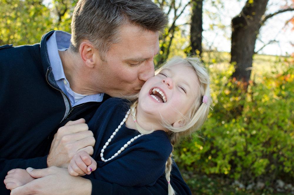 JuliaMatthewsPhotography_MadisonWisconsinFamilyPhotography_Families-14.jpg