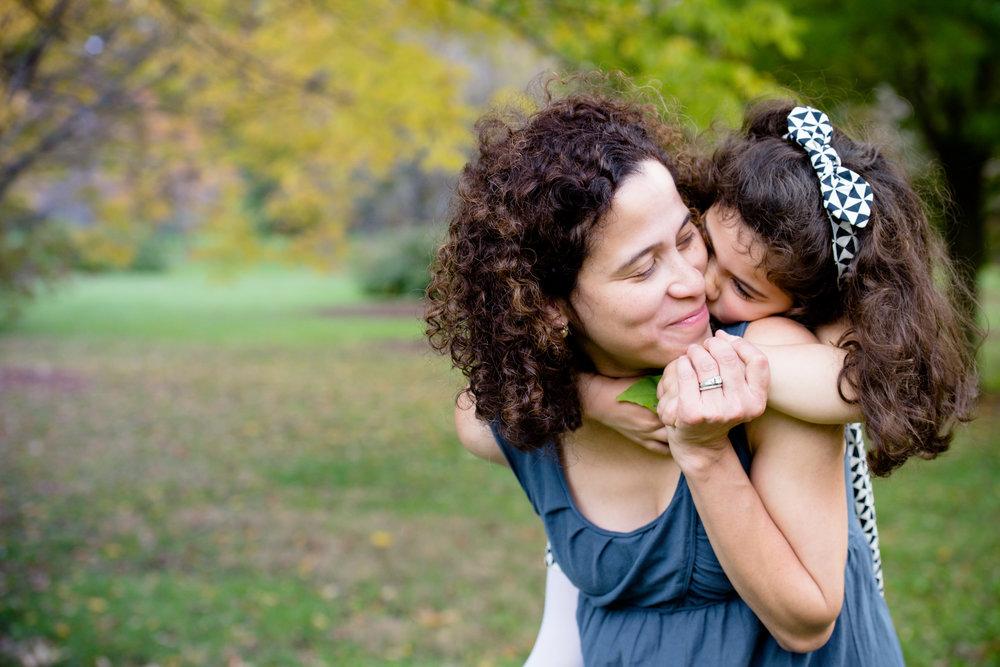 JuliaMatthewsPhotography_MadisonWisconsinFamilyPhotography_Families-19.jpg