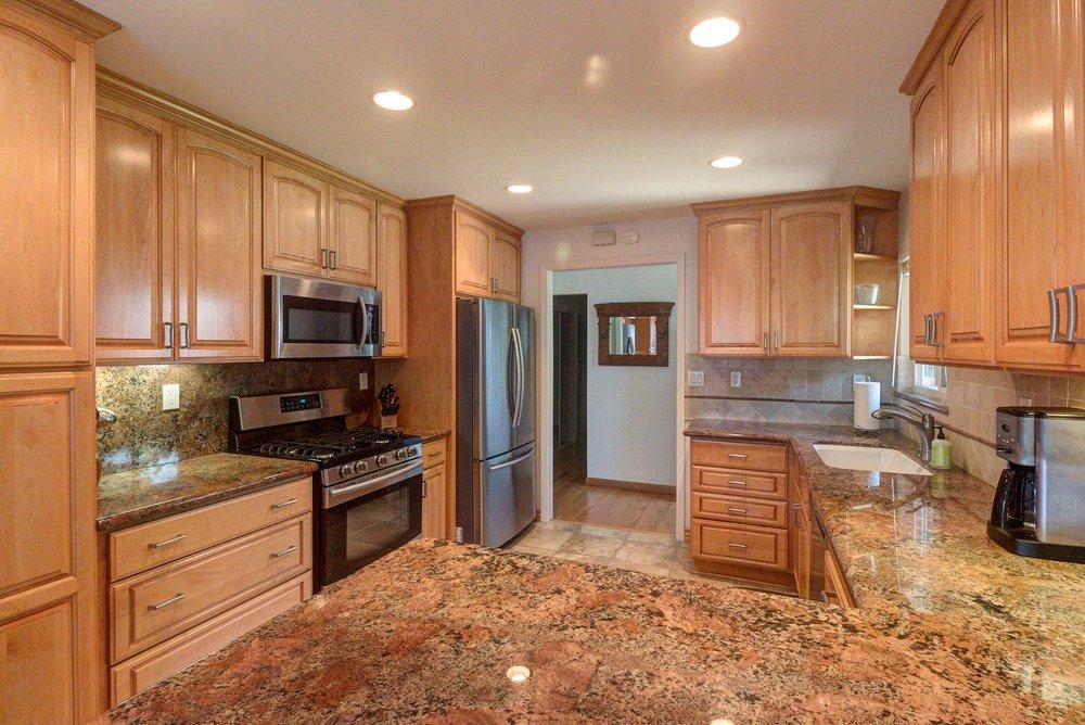 Ridgewood Kitchen4.jpg