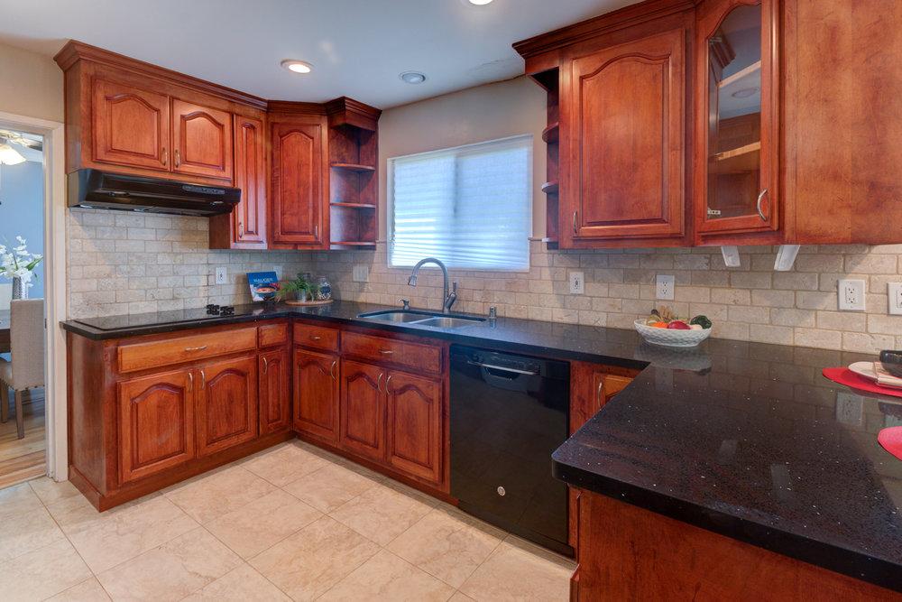 Pearl Kitchen 3.jpg