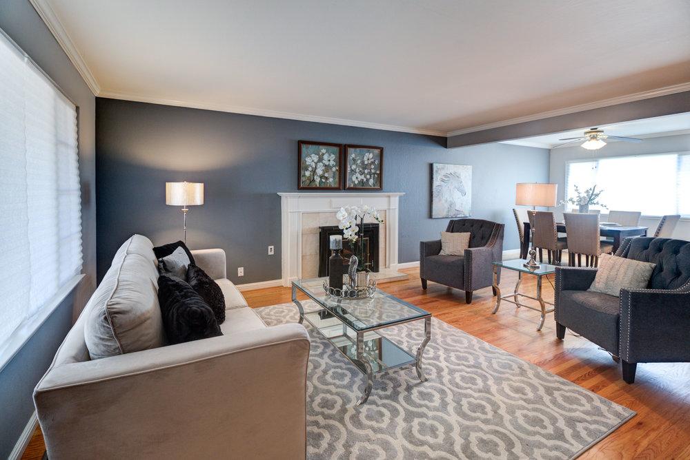 Pearl Living Room 1.jpg