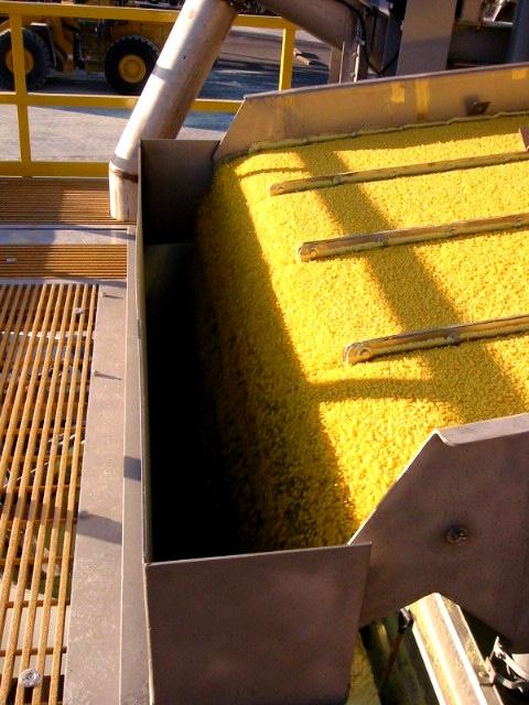 37. Sulfur Product Chute.jpg