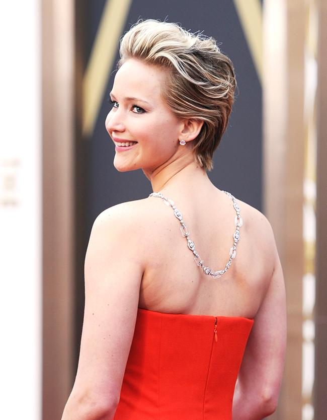 #JenniferLawrence #AcademyAwards - Arrivals #oscars2014