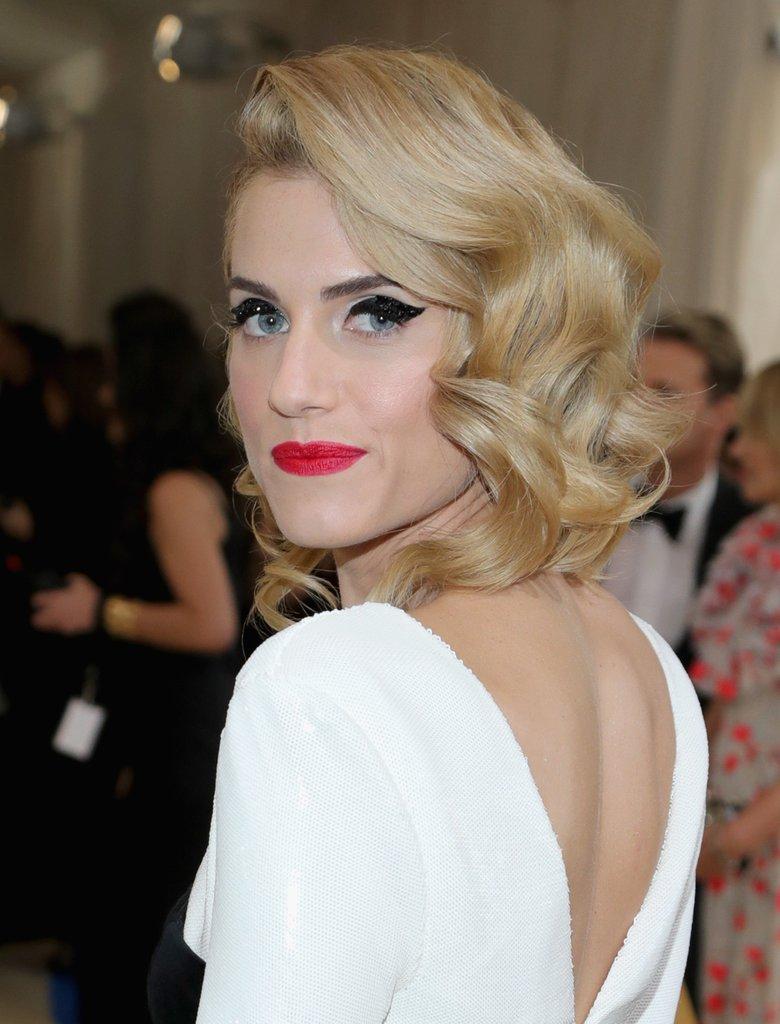 Best Hairstyles From The Met Ball 2017 Sascha Breuer