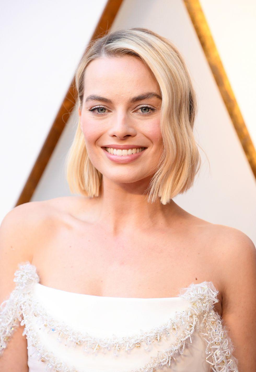 #MargotRobbie #Oscars2018 #OscarsHair #Oscars2018Hair.jpg