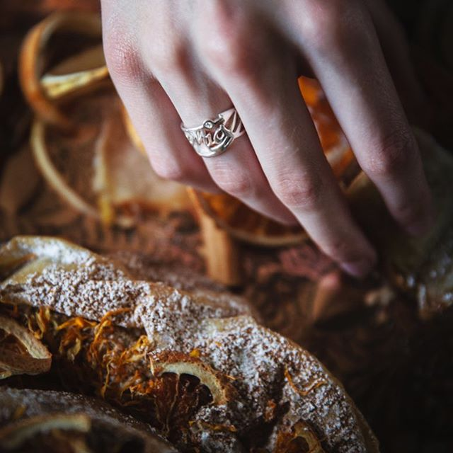 Another great capture of the silver birthday ring for @miyahrobin for her 20th birthday present, commissioned (and photographed) by @her_dark_materials - very proud mum .... reaching for some seriously delicious cinnamon, date and orange Mhancha from @mhenchaco (and they do mailorder too!) A diamond accents the 'i'  because she's a diamond, an arrow head for her mastery in archery and their special symbol of '381' ... 3 words, 8 letters, 1 meaning = 'I love you!' A perfect bit of serendipity on my behalf, delivering when I did 🍰 ************************************ #handmadejewellery #madeinbritain #luxury #luxuryjewellery #bespokering #her_dark_materials #silverware #goldsmiths  #shannononeill #design #contemporysilver #bespokesilver #commission #handcrafted  #artistsoninstagram #style #craftsmanship #shannononeillsilver #uniquering #birthdaygifts #finejewellery #dayslikethese #mhencha #miyharobin #moroccan #delicious_food