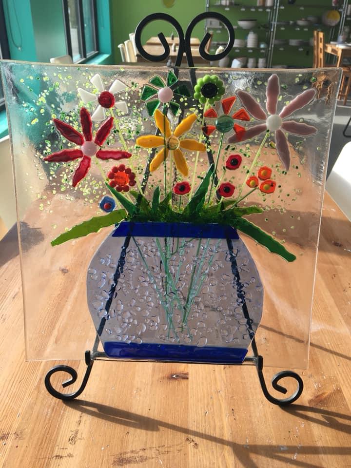 fused glass spring flower.jpg