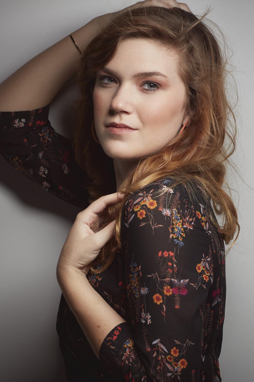 Chloe Quint - Paducah Tilghman - Senior Portrait - Brad Rankin Studio