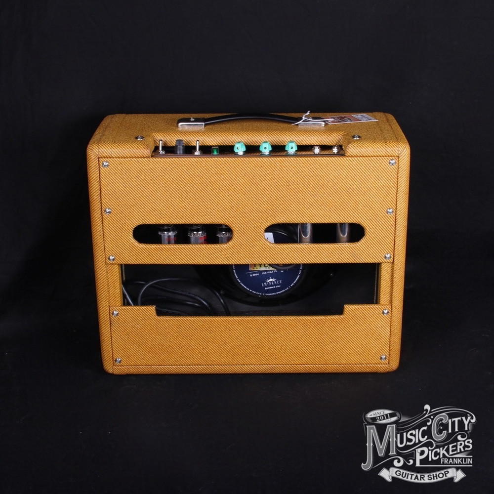 Tyler_Amps_20.20_Tweed_Amp_Green_Knobs4_1024x1024.JPG