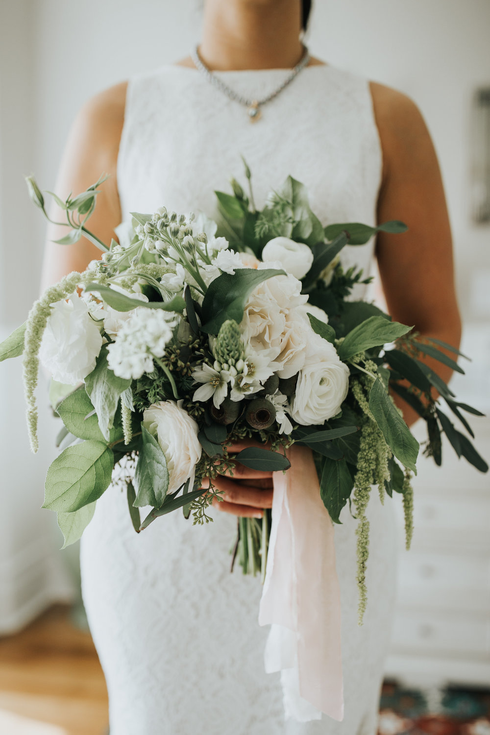 Phoenix - Scottsdale - Madison Wedding Florist