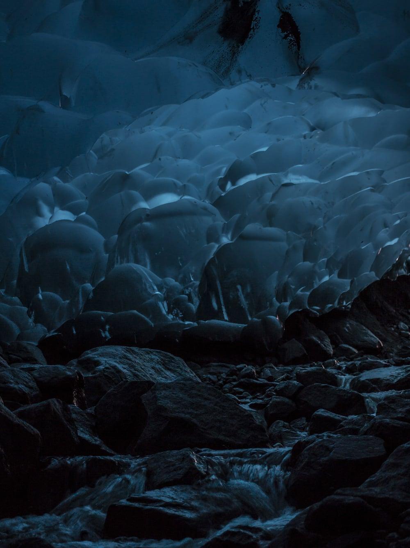 172cb_ice_Cave.jpg