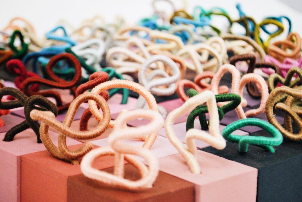 Contemporary Sculpture Installation by Mafe Soltero | Sunfern Studio | sunfernstudio.com