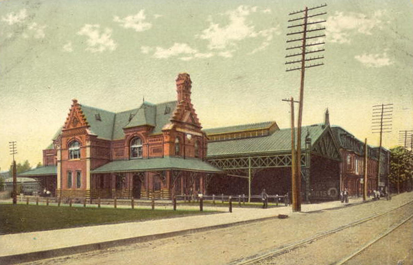 (Inset) Post card view of the 1885 Cornwall and Lebanon Railroad station in Lebanon, Pennsylvania designed by noted architect George Watson Hewitt. This building survives today and is on the National Register of Historic Places.