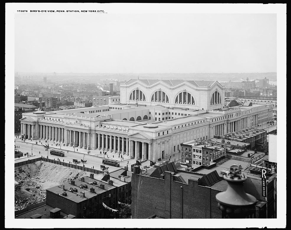 Birds Eye View of Pennsylvania Station, NY, NY circa 1910. The colonnades and entries to the station building were the first of three elements in the processional sequence, the portal. Detroit Publishing Company, collection of the Library of Congress.