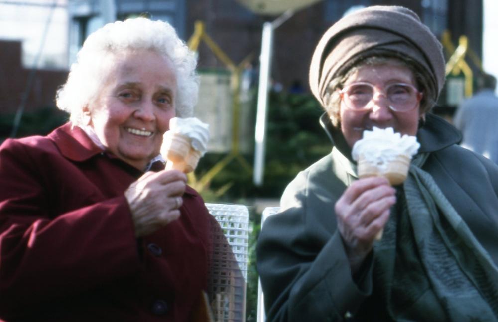 Ice cream dears.JPG