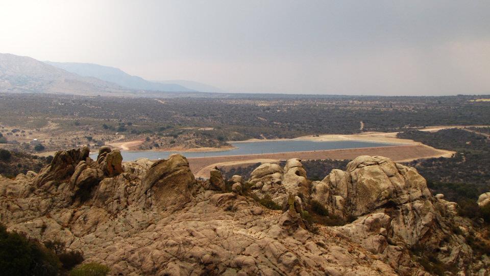 Vistas del lago Piscu Yaco desde el parque