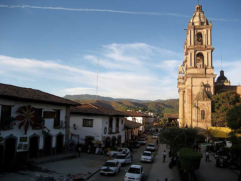 Estado-de-Mexico-Valle-de-Bravo-Colonial-Center-Church-San-Francisco-de-Assis-Photo-by-SECTUR-Estado-de-Mexico.jpg