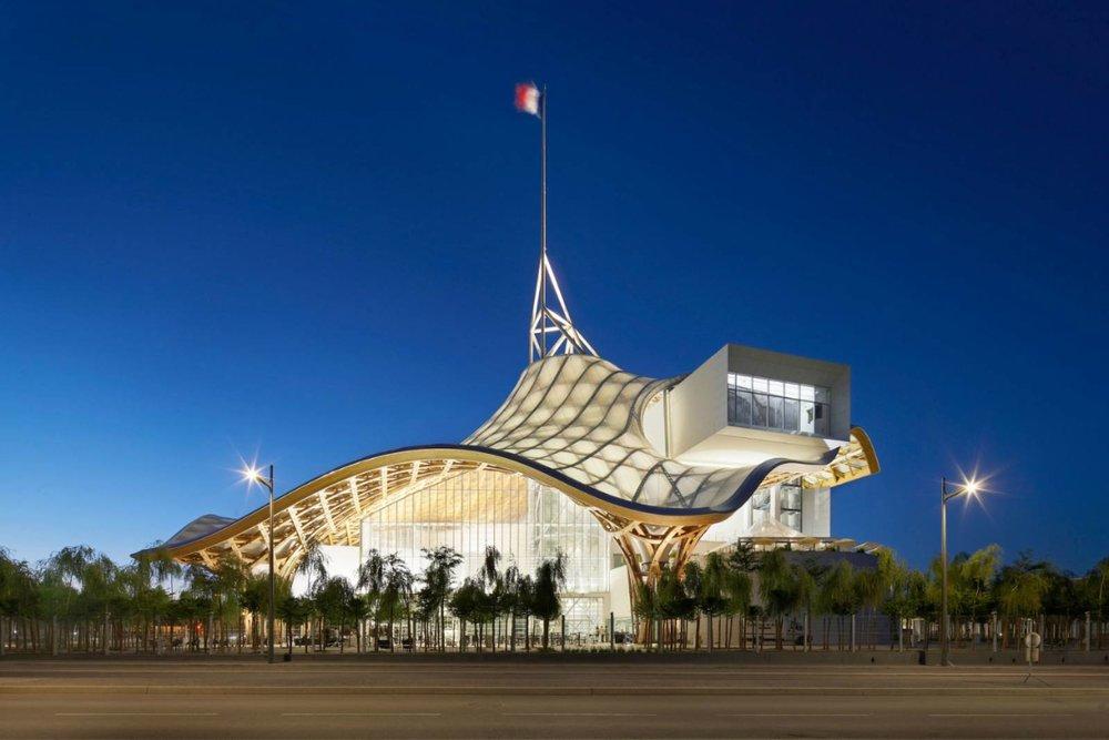 Centre Pompidou-Metz by Shigeru Ban Architects03.jpg