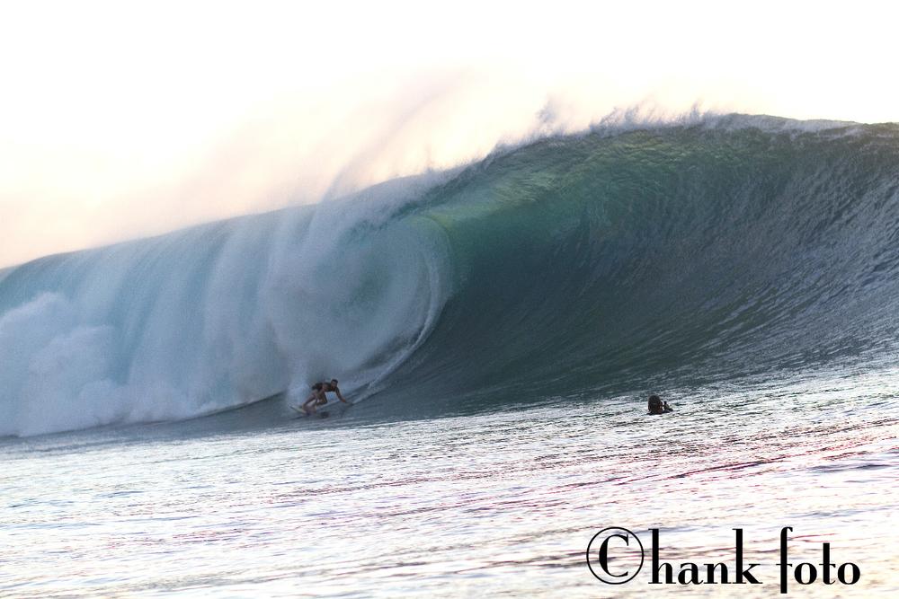 KOHL CHRISTENSEN_H2O_PIPELINE_HAWAII__©HANK FOTO_2 copy.jpg