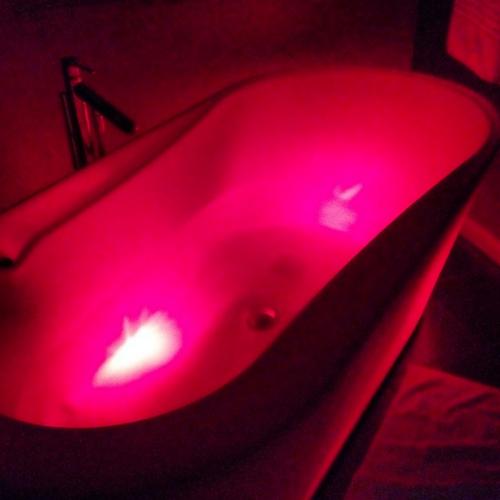 Space tub!