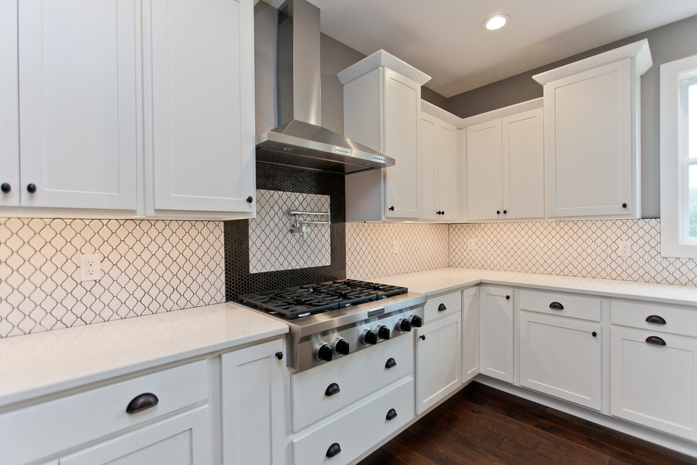 3525 RR Kitchen.jpg