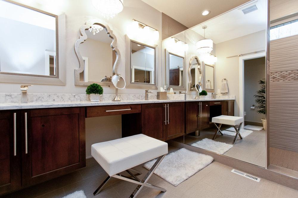 2935 DBR Master Bath.jpg