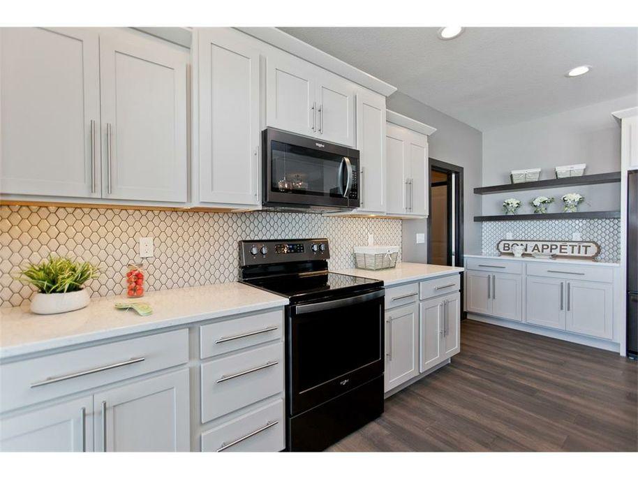 3098 WD Kitchen 2.jpg