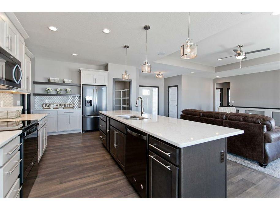 3098 WD Kitchen 3.jpg