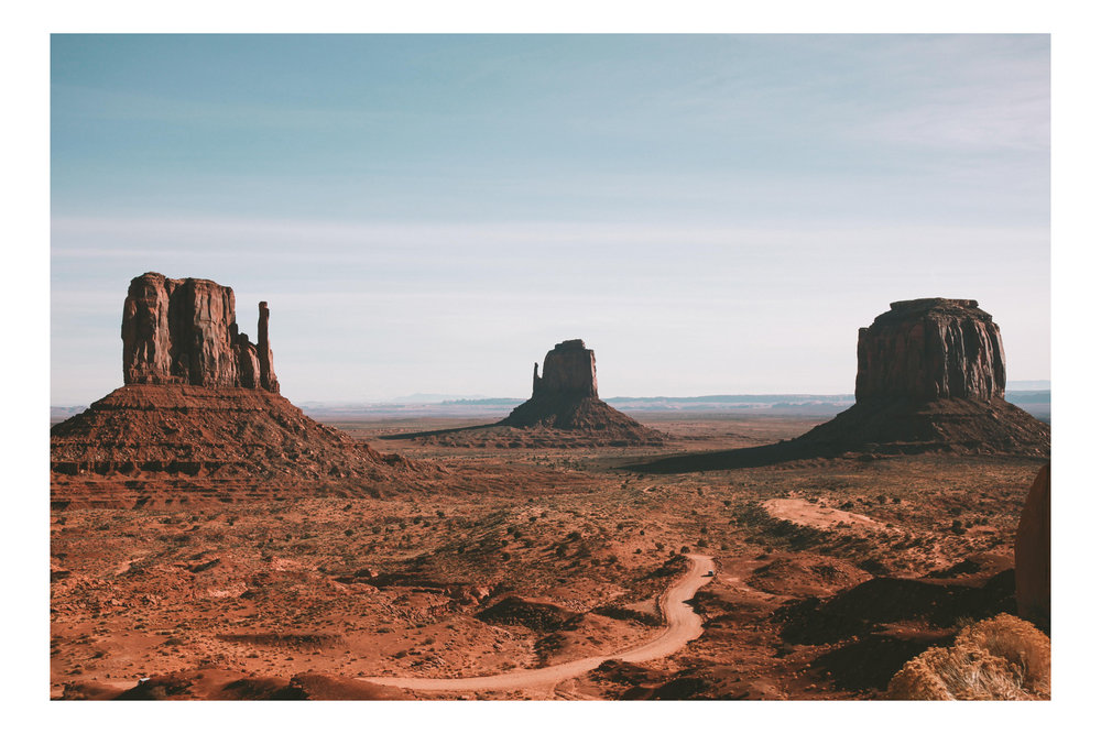 SOUTHWEST_MonumentValley.jpg