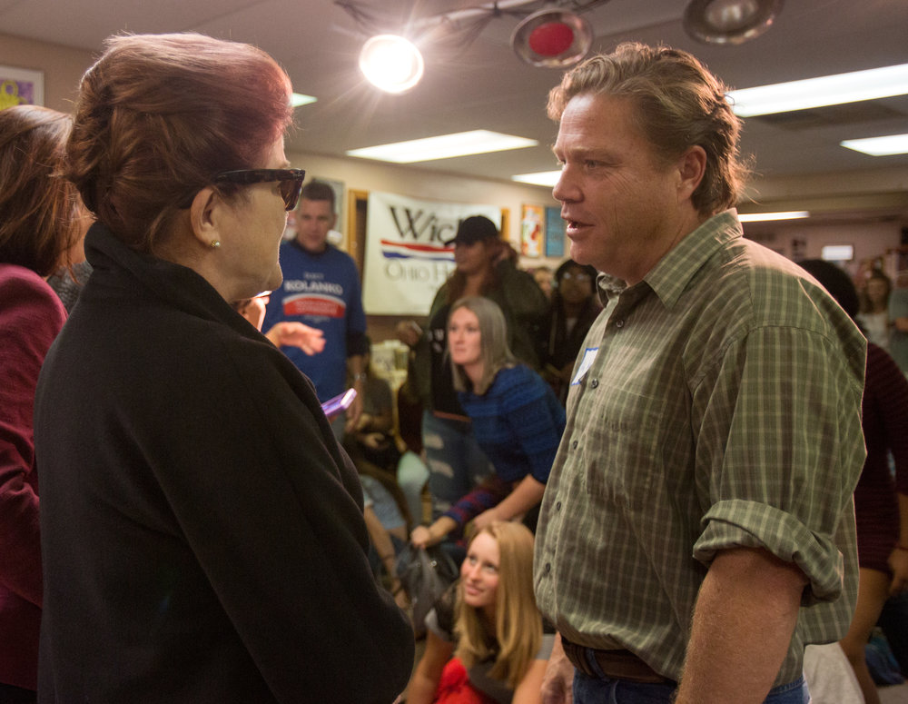 Bowling green state representative candidate Kelly Wicks, right, speaks Orange is the New Black star Kate Mulgrew after her appearance at Grounds for Thought coffee shop in Bowling Green, Oh. on Saturday, Oct. 15, 2016.