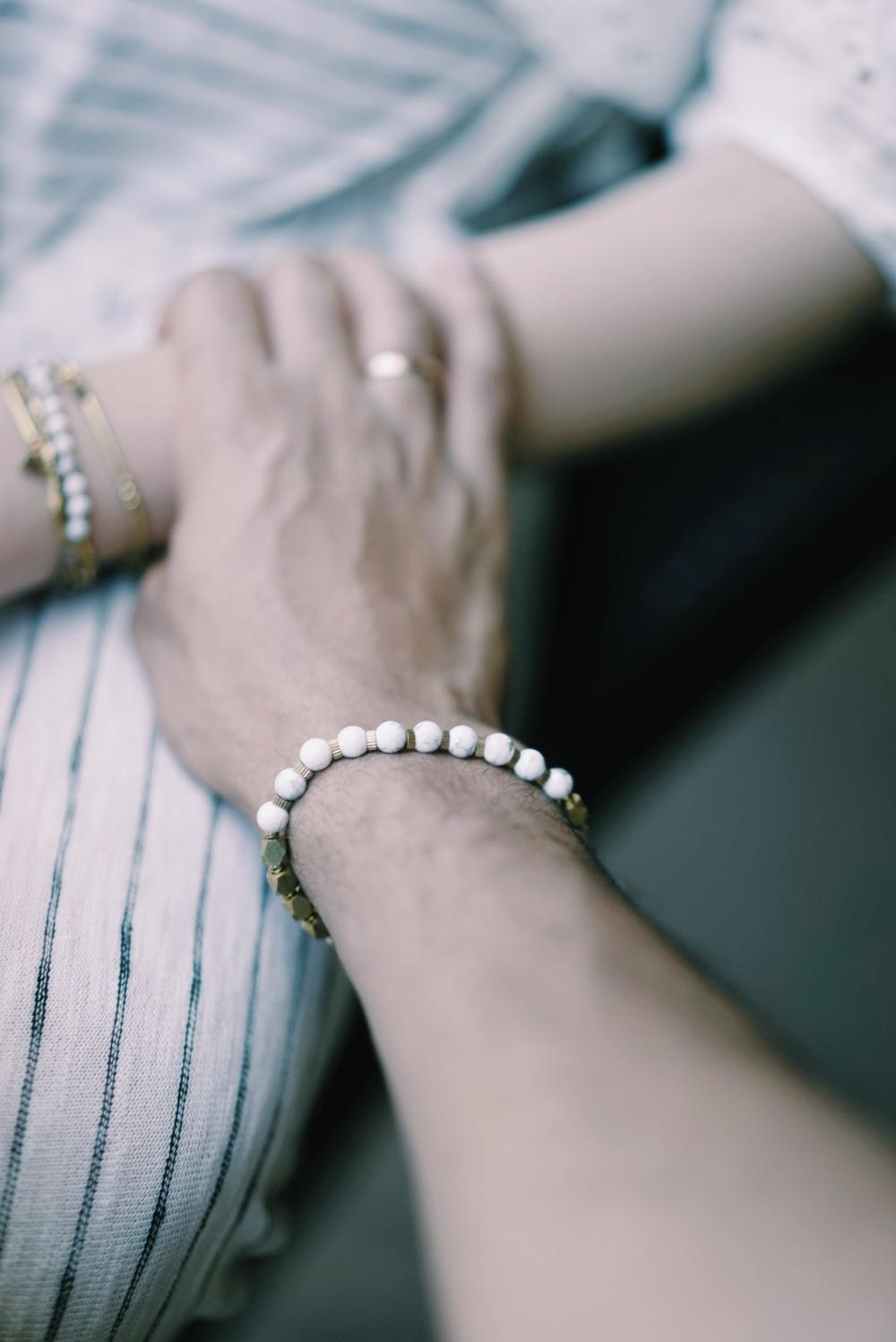白松石黃銅手環