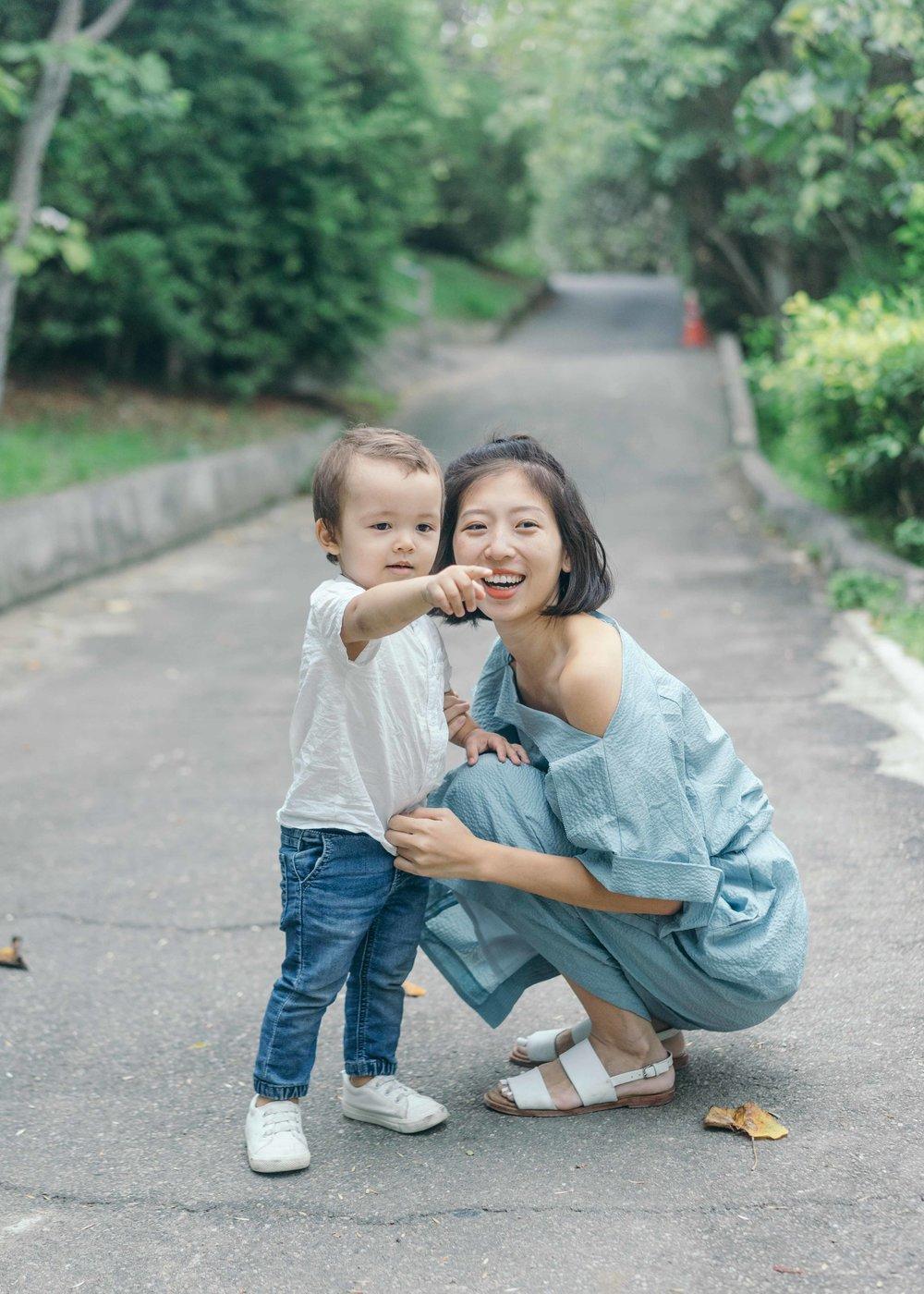 媽媽衣服: if&n   小孩上衣/褲子: suitangtang  / H&M