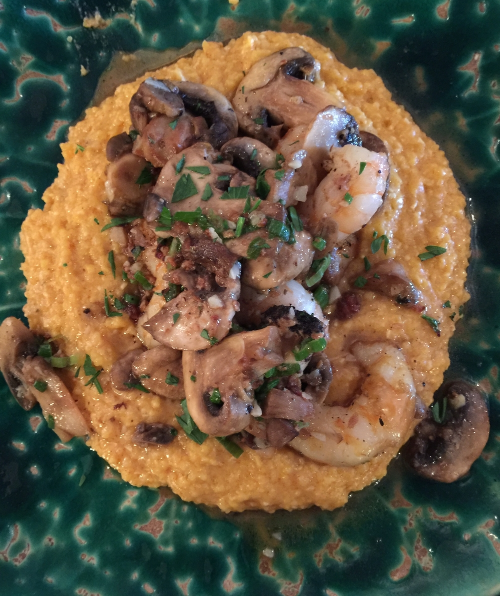 Shrimp and Grits, one of  the  great dishes.