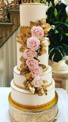 Gold wedding cake.jpg
