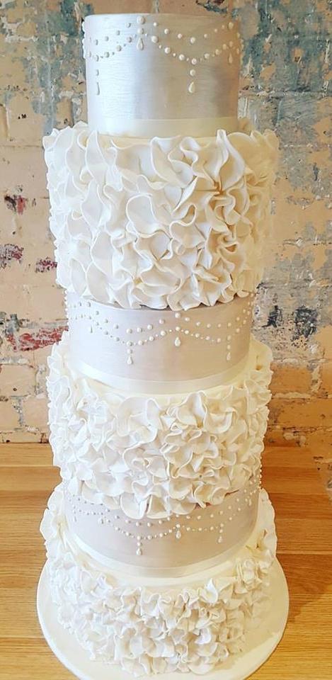 5 tier cake with petals