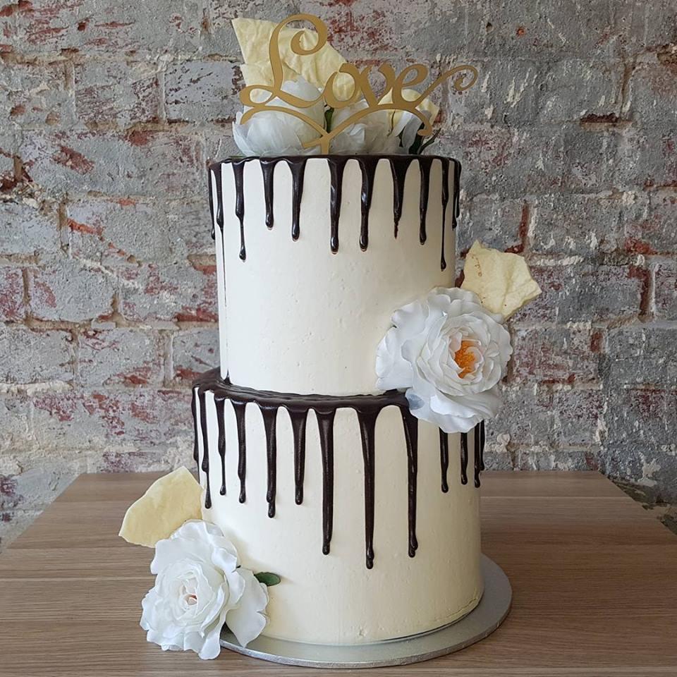 Engagement Cake.jpg