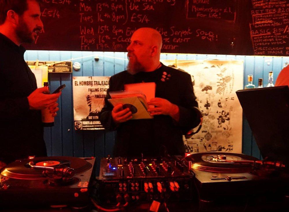 DJING 2.jpg