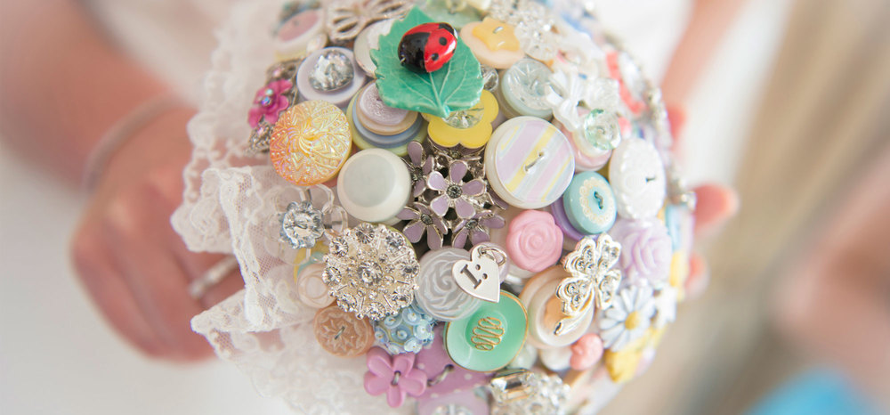 i heart button bouquet