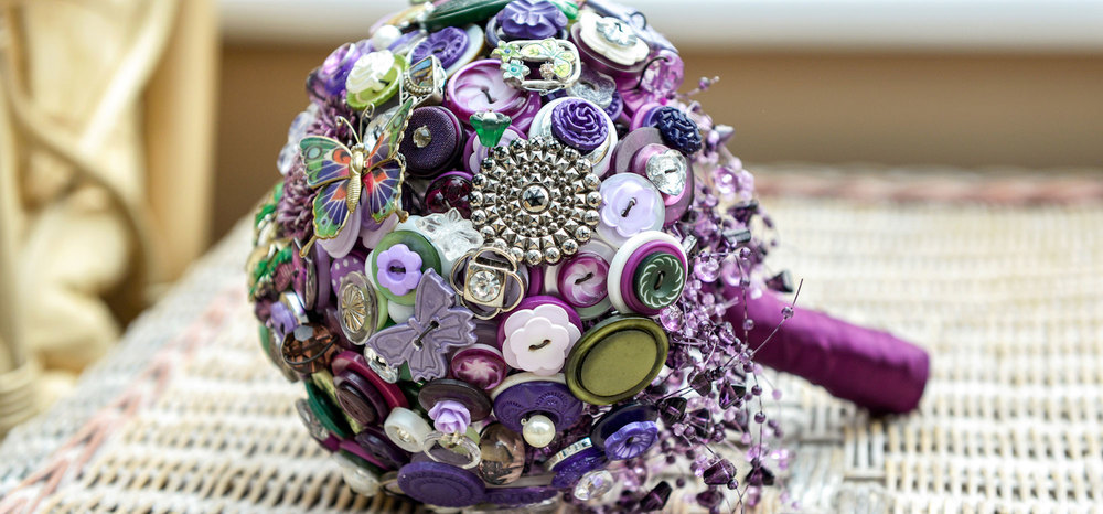 i heart buttons bouquet