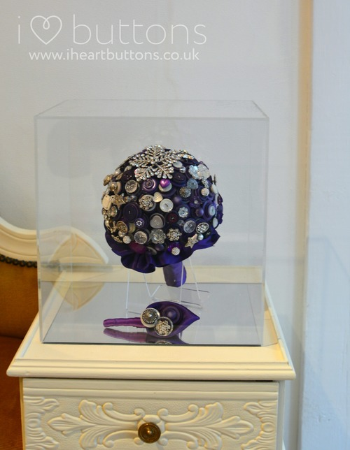 Bouquet Display Case — I Heart Buttons